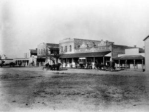 Front Street DHanis between 1906-09