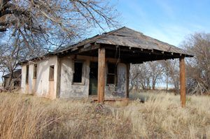 An old business building on the New Mexico side of Glenrio. Photo by Kathy Weiser-Alexander.