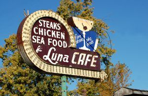 Luna Cafe, Mitchell, Illinois