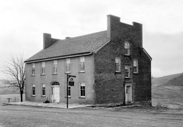 Mount Washington Tavern, Uniontown, PA,1933
