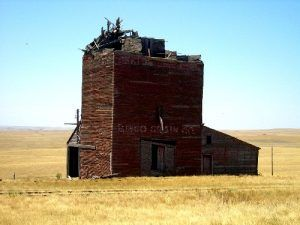 The Okaton Grain Elevator, July, 2006, Kathy Weiser.