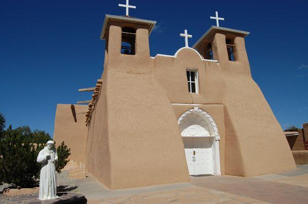 San Francisco de Assisi Mission Church in Ranchos de Taos, New Mexico still serves a congregation today.