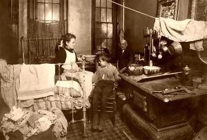 """At home"", Lewis Wickes Hine, 1913."