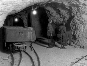 Pacific Coast Borax Widow Mine, Ryan, California, Burton Frasher, 1928