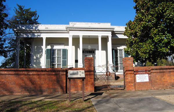 Veranda-Curlee House, Corinth, Mississippi