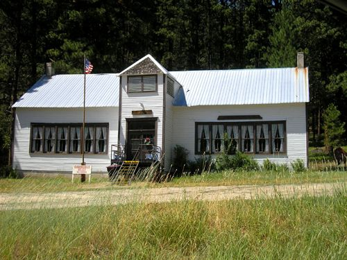 The Gibbonsville Relic Museum