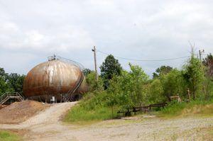 Oil structure remnants near Shamrock, Oklahoma