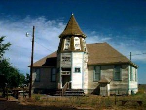 Shaniko School, photo by Lynn Ewing