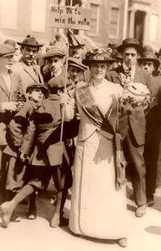 Suffragette, 1914