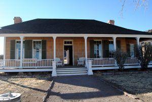 Commanding officer's quarters, Fort Davis, Texas