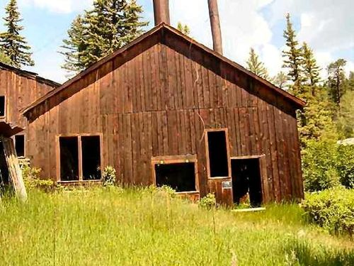 Mine near Eagle Nest, New Mexico