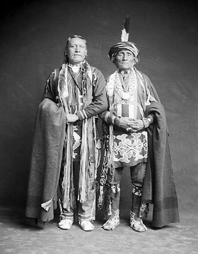 Kanza Indian men
