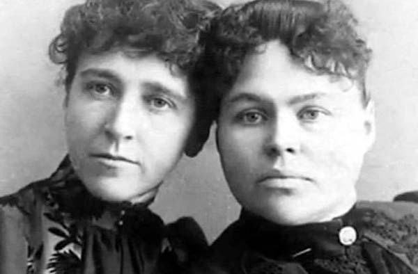 Emma Borden on left, Lizzie Borden on right