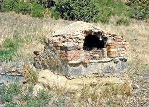 An old bread oven at Blossburg, New Mexico, 2010, courtesy New Mexico Archaeology