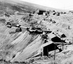 Gilman, Colorado Mines. bu Edward Milligan, about 1920