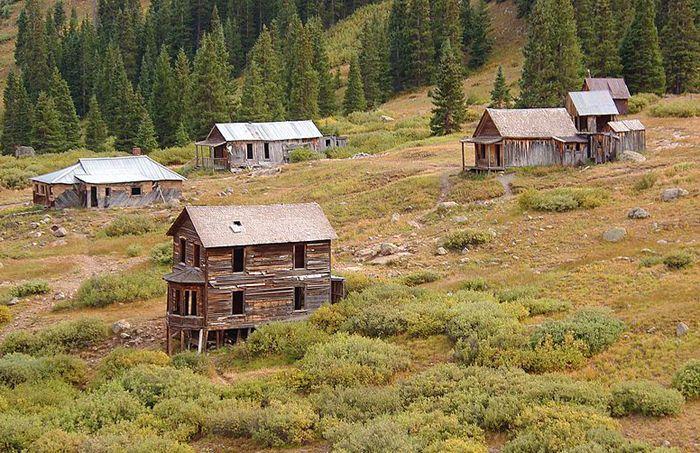 Animas Forks, Colorado by Adam Baker, Wikipedia
