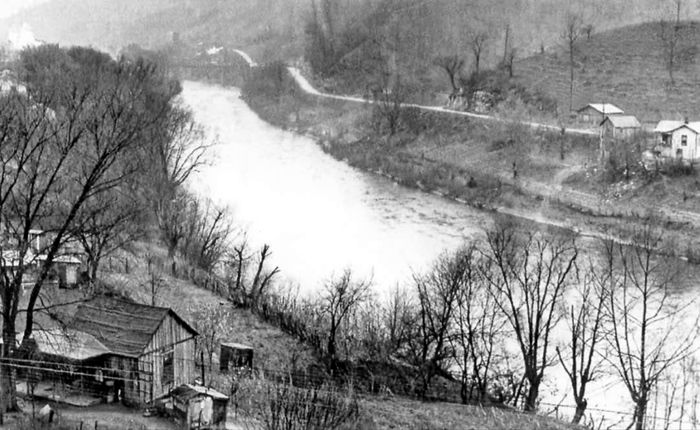 Tug Fork of the Big Sandy River which was the dividing line between the McCoy Clan of Pike County, Kentucky, and the Hatfield Clan of Logan (later Mingo) County, West Virginia.