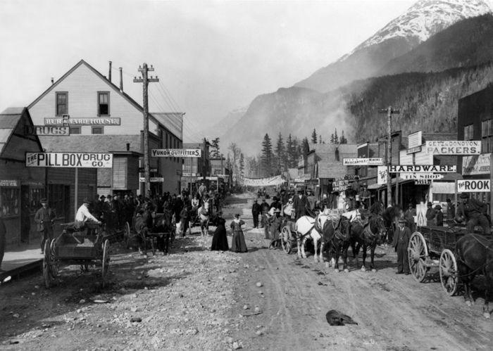 Broadway Street, Skagway, Alaska, 1898