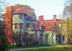 Kingscote is a 1839 Gothic Revival house built by Richard Upjohn. It was the first summer residence in Newport, Rhode Island. Photo by Daniel Case, Wikipedia.
