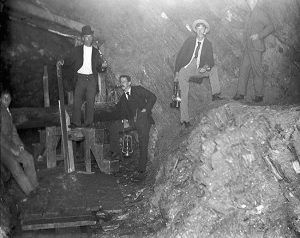 Men in Rooks Mine, Vermont, Plymouth Historical Society.