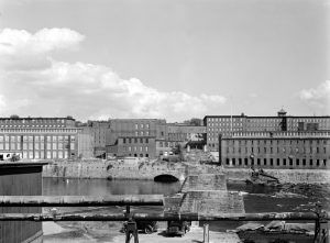 Amoskeag Mills in Manchester, New Hampshire by the Farm Security Administration, 1936.