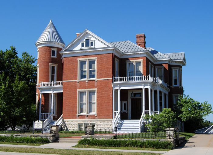 The old Warden's House at the Missouri State Penitentiary serves as a museum today.
