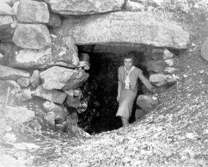 Upton Chambe, Massachusetts by Malcom Pearson, 1944