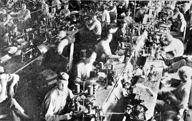 Inmates working in West Virginia Penitentiary Factory in about 1923.