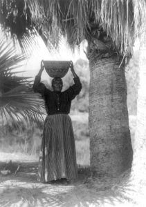 Cahuilla Woman by Edward S. Curtis, 1905