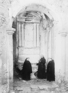 Father Joseph Jeremias OKeefe and two young priests at Mission San Luis Rey, by George P. Thresher, 1900