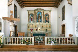 Interior view of the Nuestra Señora de la Concepción del Socorro, Texas by Carol Highsmith.