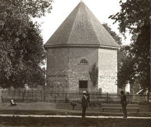 Gunpowder Magazine in Williamsburg, Virginia in 1909