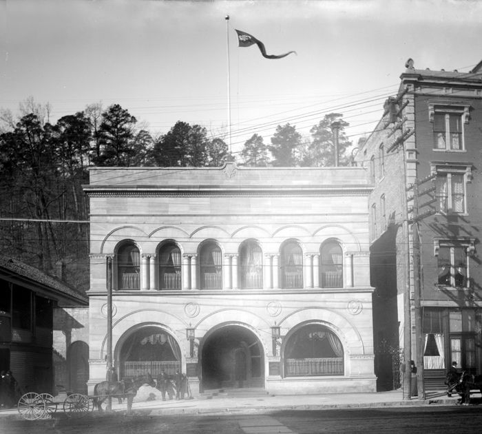The Southern Club in Hot Springs, Arkansas was often frequented my gangsters in the 1920s. Today, the building serves as Josephine Tussaud's Wax Museum. Photo by Detroit Publishing, 1900.