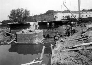 Fort Delaware Battery Construction by Frank Warner, 1898.