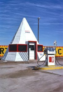 Exxon Station on Route 66 in Allentown, Arizona by John Margolies, 1979.