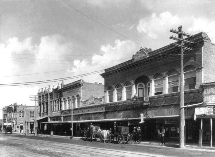 Polk Street in Amarillo, Texas about 1915.
