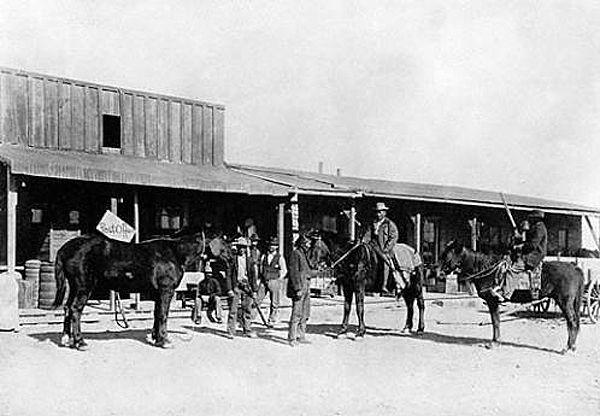 Canyon Diablo, Arizona about 1890.