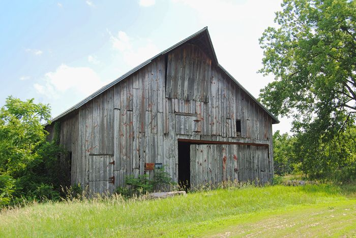 A Doniphan, Kansas barn today by Kathy Weiser-Alexander.