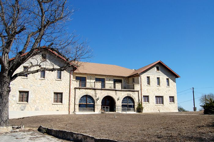 A building at Fort Clark, Texas by Kathy Weiser-Alexander.