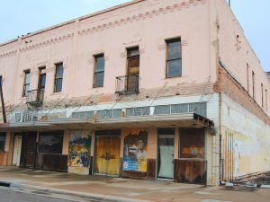 The old Hotel Beale in Kingman, Arizona is abandoned and deteriorating today. By Kathy Weiser-Alexander.