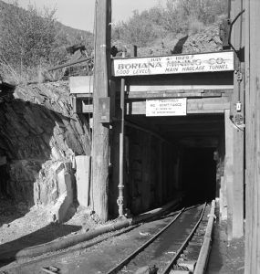 A tungsten mine near Kingman, Arizona by Fritz Henle, 1942.