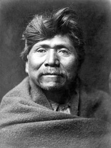 Pachilawa, Hualapai Chief by Edward S. Curtis, 1907.