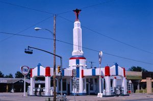The Tower Station in Shamrock, Texas was a Fina Station in 1982. Photo by John Marolies.