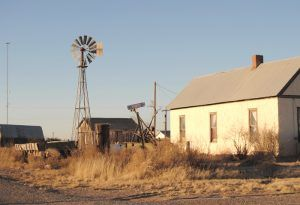 An old homestead in Toyah, Texas by Kathy Weiser-Alexander.