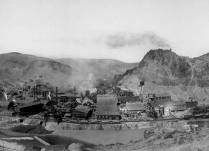 Clifton, Arizona Mining by the West coast Art Company, 1909.