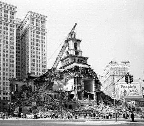 Demolition of the Detroit City Hall in 1961.