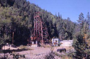 Sitting Bull Mine Hoist and Shaft in later years, courtesy South Dakota Digital Archives.