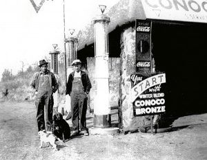 Conoco Station west of Luther, Oklahoma in the 1940s.