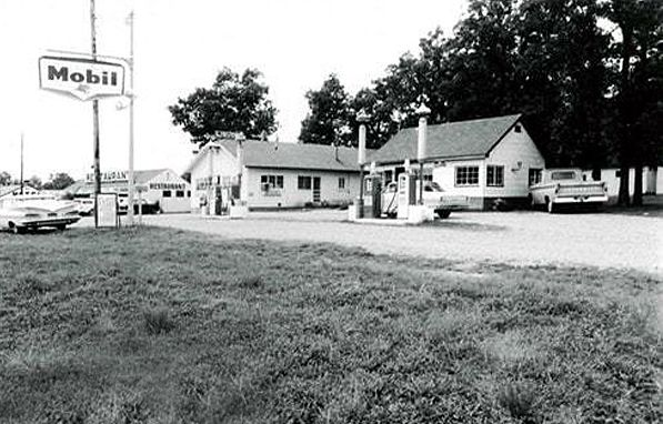 Vernell's Motel in 1966.