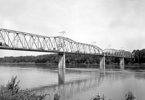 1928 bridge over the Missouri River in Hermann, Missouri by the Historic American Building Survey.